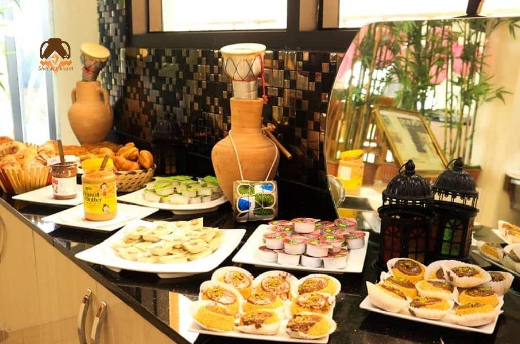 Breakfast at Victoria Hotel
